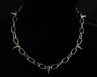 Break Free Spiked Chain Necklace