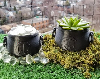 Cauldron Succulent Planter || Witchy Home Decor Goth Garden Accessory Gothic Plant Pot Makeup Brush Holder Brew Crucible || 3D Printed