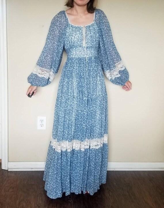 Gunne sax blue floral maxi prairie dress
