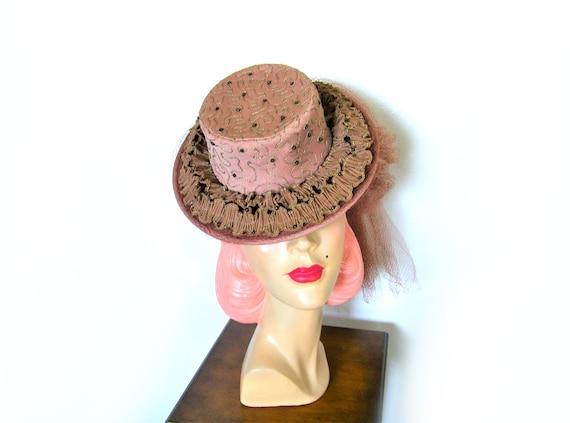 Vintage 1940's Taupe Ruffle Tilt Hat~