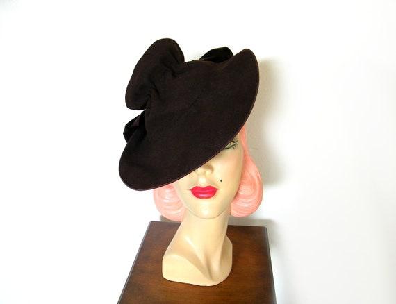 Vintage 1940's Dark Brown Tilt Hat ~ - image 4