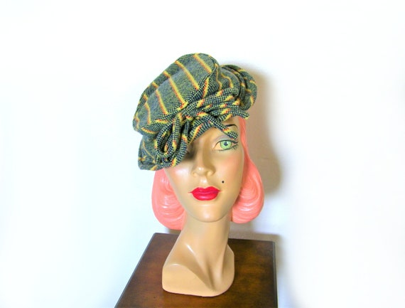 Vintage 1940's Striped Tilt Hat~
