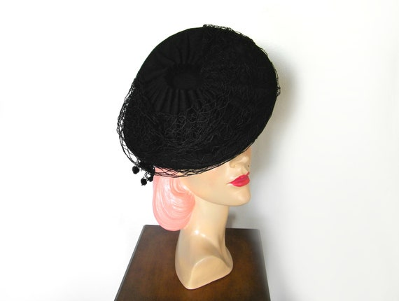Vintage 1940's Black Asymmetrical Tilt Hat~ - image 5