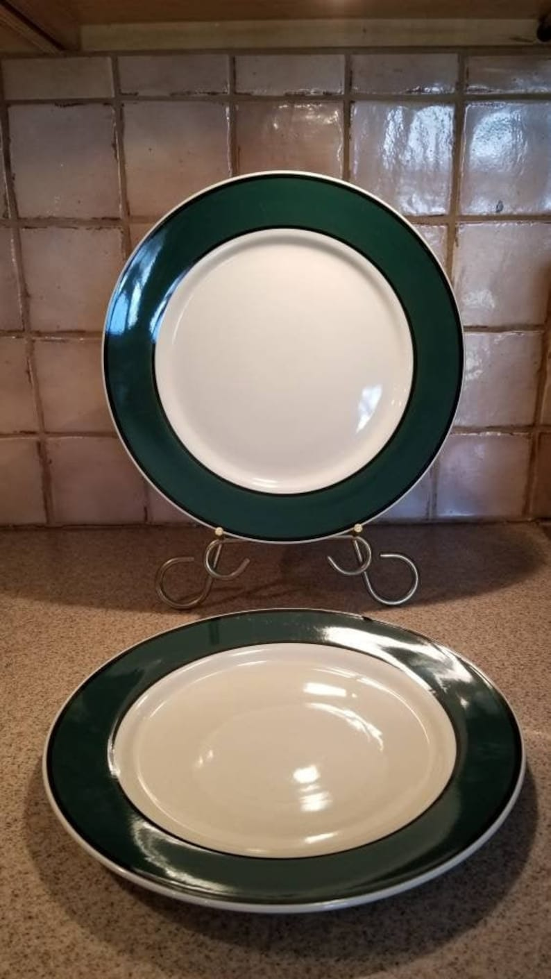 green plates vintage Dinner  Plates Replacement plates discontinued design.FREE SHIPPING Gibson Hudson Spruce Chop plates