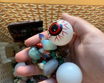 Halloween/fidget toy crystal confetti
