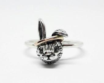 Gold 9ct Halo Rabbit Ring