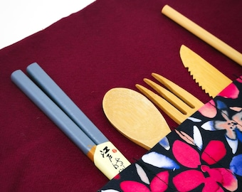 Colorful pouch for bamboo cutlery to enjoy relaxing picnic Ecofriendly and handmade accessory unique and zero-waste oriented