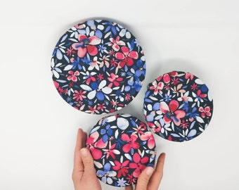 Bowls cover in colorful and cute cotton with geometrical fabric. Ecofriendly, handmade, unique, zero-waste present in natural fabric