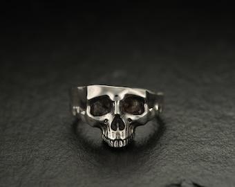 Human Skull Santa Muerte Amazon Elegant Sterling Silver Women/'s Luxlupum Kali Goddess Skull ring Artemis Witch jewelry Feminist Goth