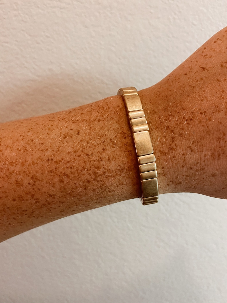 Minimal Gold Stretch Bracelet Worn Gold Metal Stretch Bracelet