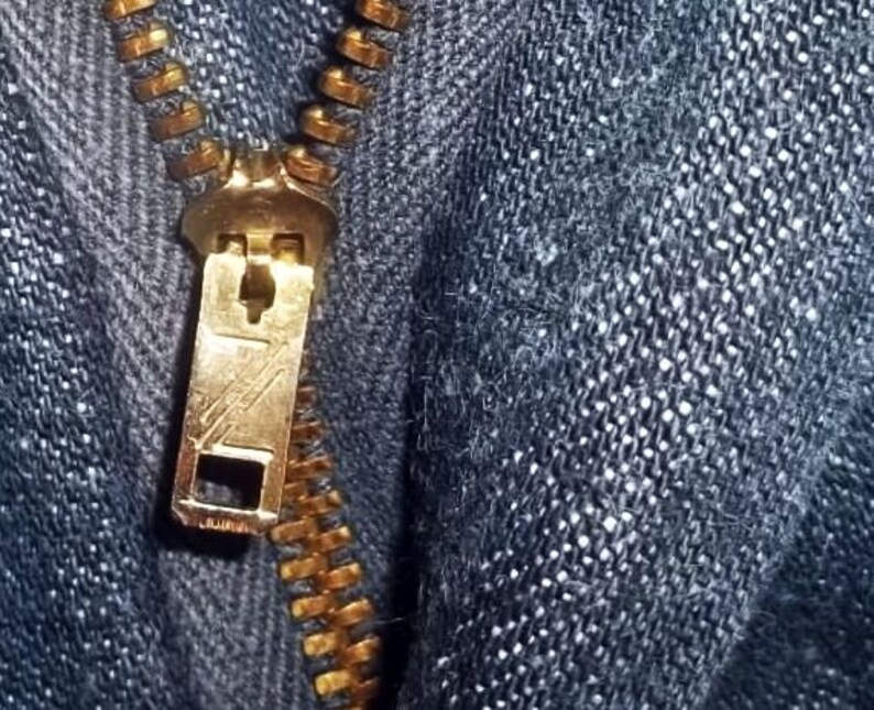Vintage bell bottom jeans hippie high rise blue indigo waist zip fly big bells W28 L31 gently worn laundered presentable collectible