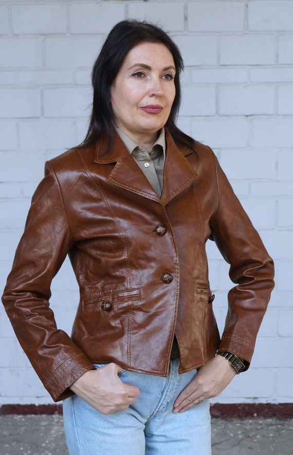 Vintage short brown leather jacket , blazer 1970 th, size 42