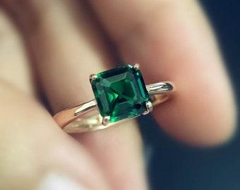 071b37fe633de Emerald ring | Etsy