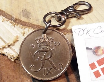 1960 coin charm. Danish vintage coin. 61 year old 5 ore. Crown R initial coin pendant. Nice 61st birthday gift. 5th anniversary gift.