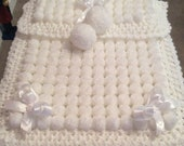 Beautiful White Baby Pom Pom Blanket