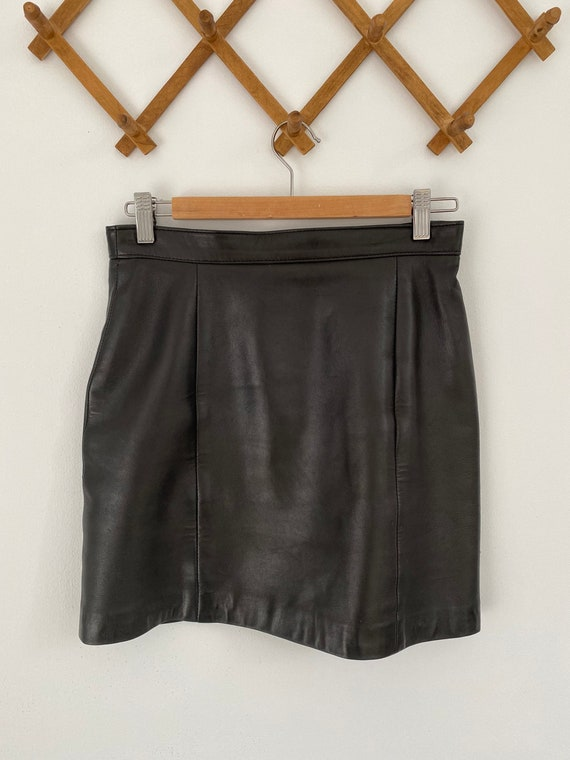 VINTAGE - Black soft leather skirt - genuine leath