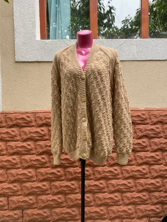 Pullover: vintage knitted woolen oversize pullover