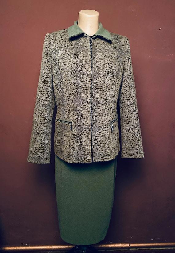 Suit: Snake textile suit, 90s suit, green skirt, a