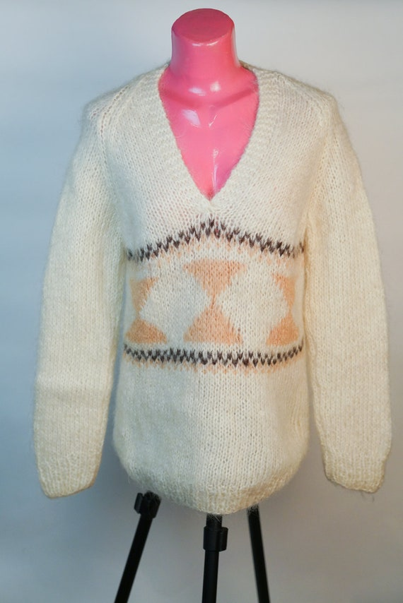 Pullover: Beige 100%  Wool  Pullover
