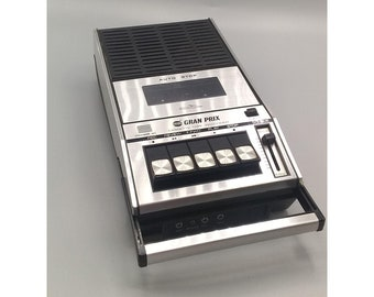 Vintage Grand Prix PB 8500 Portable Cassette Recorder