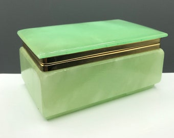 Green Alabaster Trinket Box, Golden Crown E & R Italy , Hinged Stone Casket Box, Jewelry Box, G.S.E. Ottone Garantito, Vintage