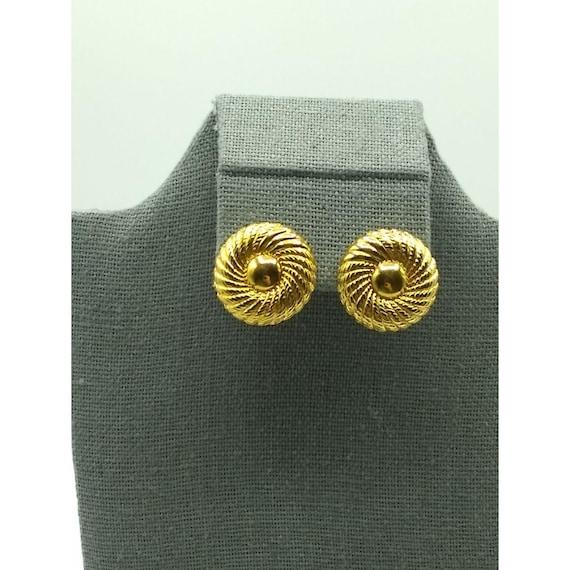 Vintage Monet Gold Tone Floral Button Earrings, S… - image 1