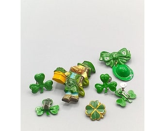Bundle of St Patricks Day Jewelry, Vintage Plastic Brooch and Earrings, Irish Green Leprechaun, Clover, Hat, 3 Lucky Pins, 2 Earrings Pair