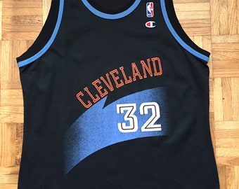445a8223941 Tyrone Hill Cleveland Cavaliers Champion Size 44 Very Rare Jersey