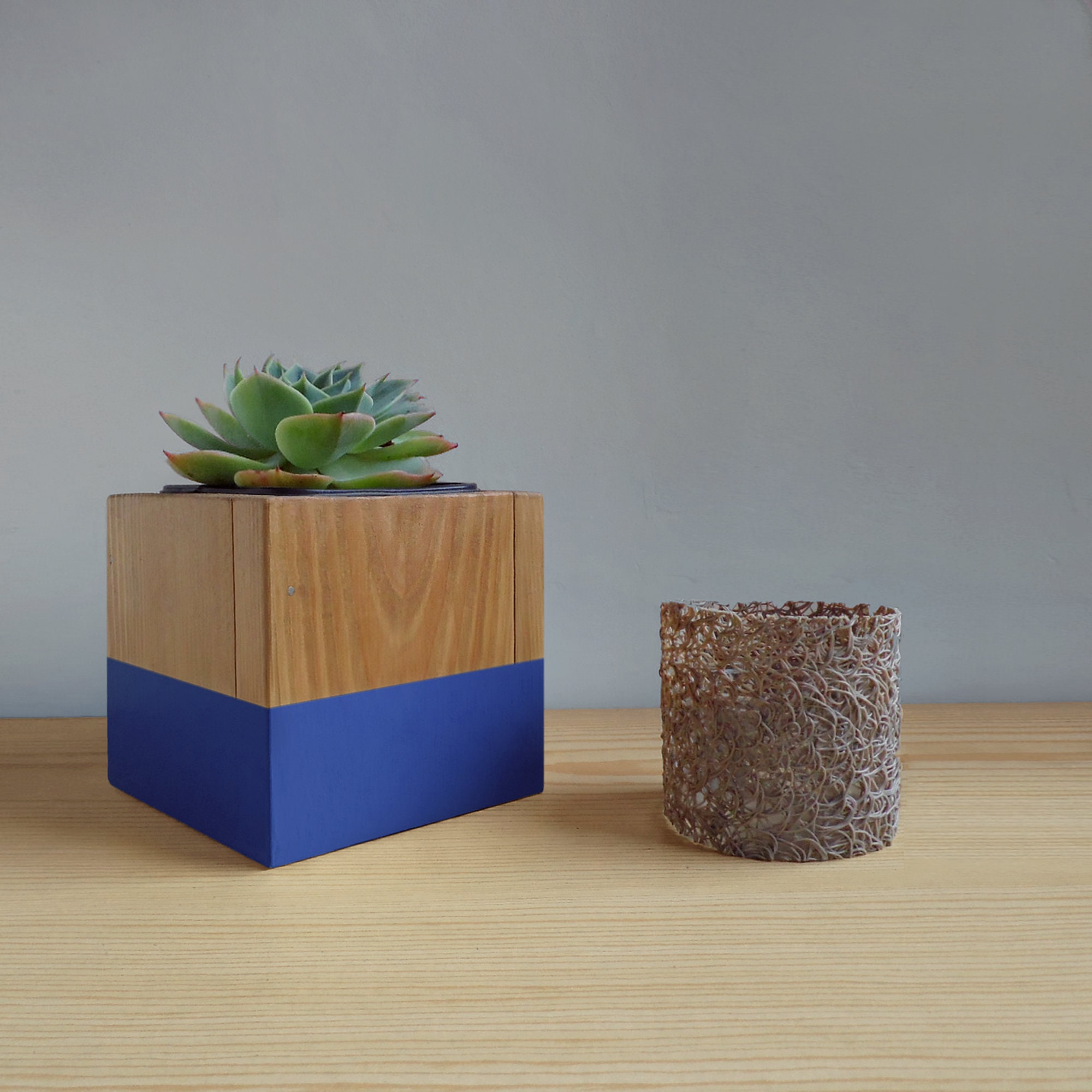 Planter Herbes Aromatiques Jardiniere plant pot dewa - for indoor plants , succulents , cactus - gifts for plant  lover