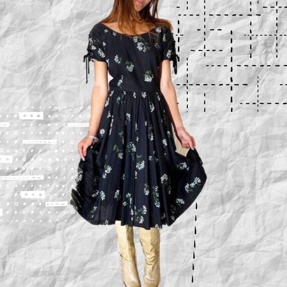 VINTAGE 40's Floral Cotton Dress