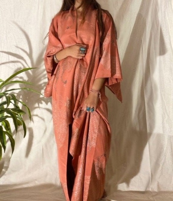 VINTAGE 40's   50's Handmade Peach Japanese Kimono