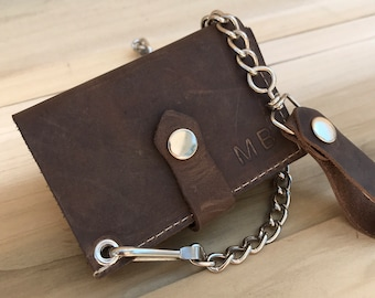 Trifold Crazy Horse leather wallet with chain,