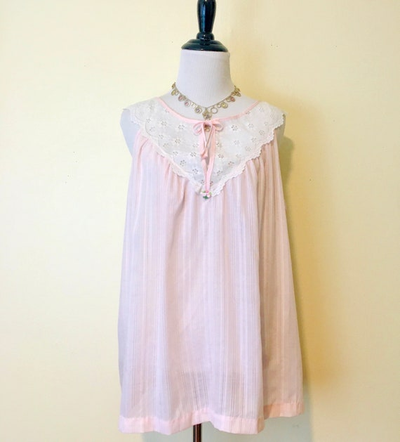 Vintage 60s Baby Doll Nightie Size Med/Large Sleev