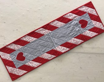Quilted Heart Table Runner