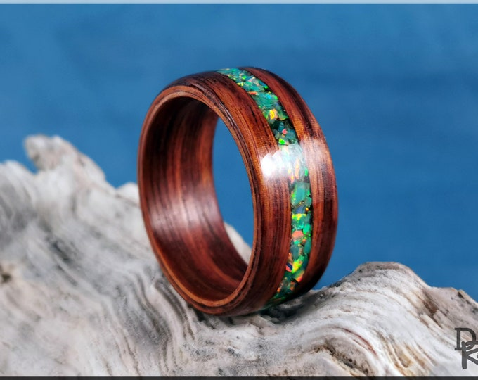Bentwood Ring - Santos Rosewood w/Spring Garden Opal inlay - Wood Ring