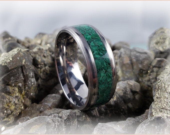 8mm Titanium Channel Ring w/Green Malachite inlay