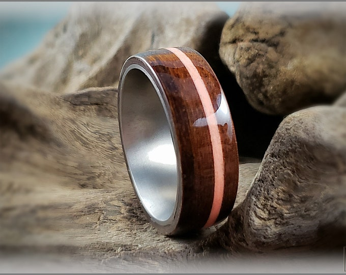 Bentwood Ring - Ipe w/offset Red Glow inlay, on titanium ring core