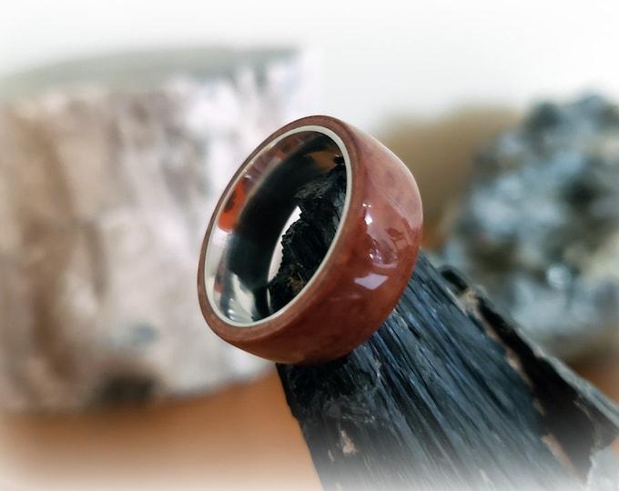 Bentwood Ring - Madrona Burl on titanium ring core
