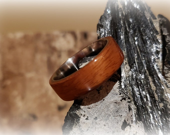 Bentwood Ring - Santos Rosewood - Size 11 on 8mm titanium ring core