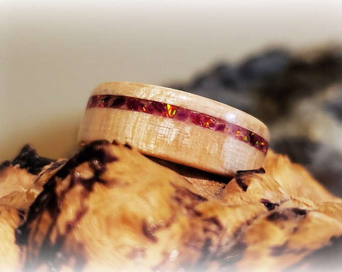 Bentwood Ring - Figured Sycamore w/Orchid opal inlay on titanium core