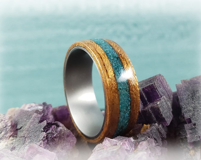 Bentwood Ring - Etimoe w/Chrysocolla stone inlay, on titanium ring core