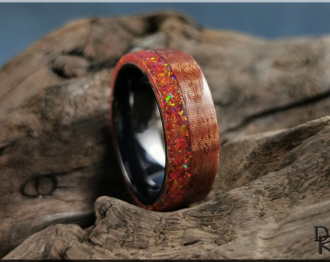 Bentwood Ring - Fiddleback Kotibe w\Live Edge Mexico Fire Opal inlay, on polished black ceramic ring core - Wood Ring
