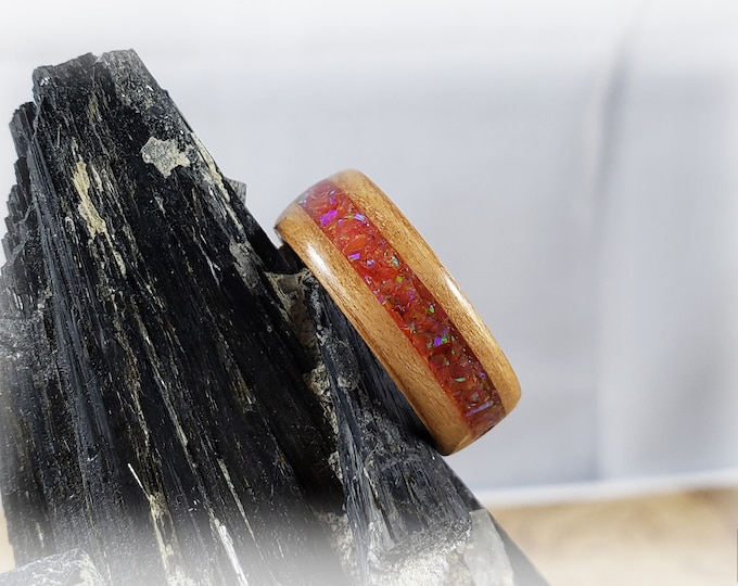 Bentwood Ring - Alder Wood with Sleepy Red opal inlay on Rosewood ring core