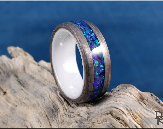 Bentwood Ring - Silver Eucalyptus w/Multi Violet Opal inlay, on polished white ceramic core - Wood Ring