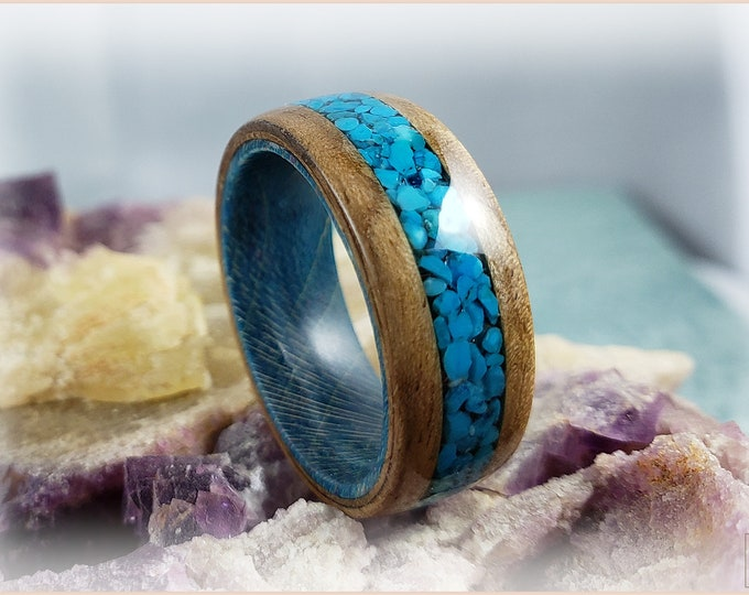 Bentwood Ring - Rustic French Walnut w/genuine Bisbee Turquoise inlay, on Teal Box Elder ring core