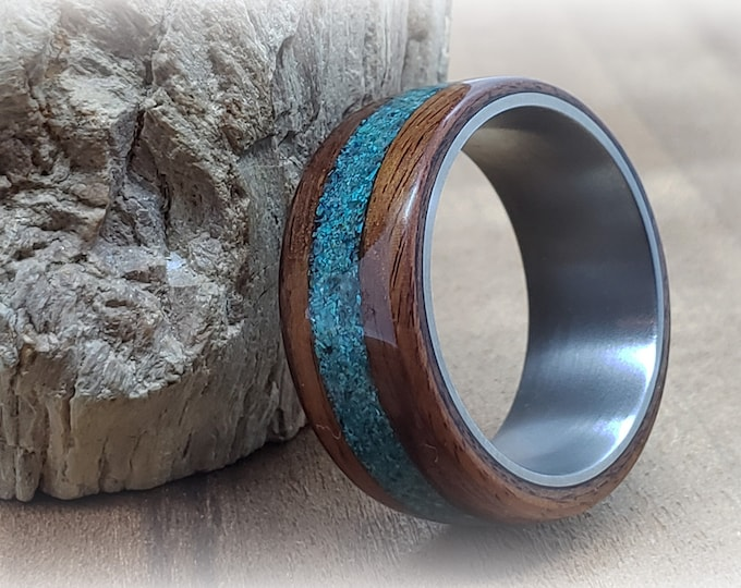 Bentwood Ring - Santos Rosewood w/Chrysocolla inlay, titanium ring core.