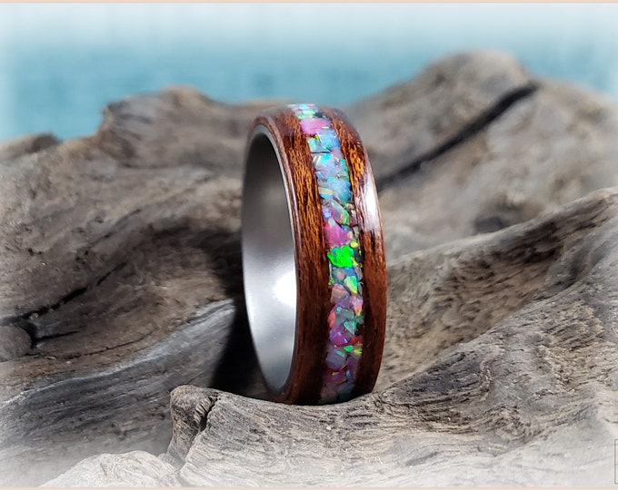 Bentwood Ring - Honduran Mahogany w/Opal Jewels inlay, on titanium ring core