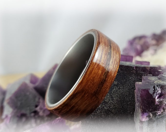 Bentwood Ring - Australian Striped Walnut on titanium ring core