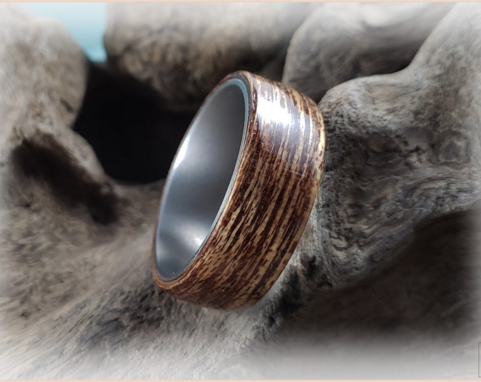 Bentwood Ring - Meranti Wood on titanium ring core