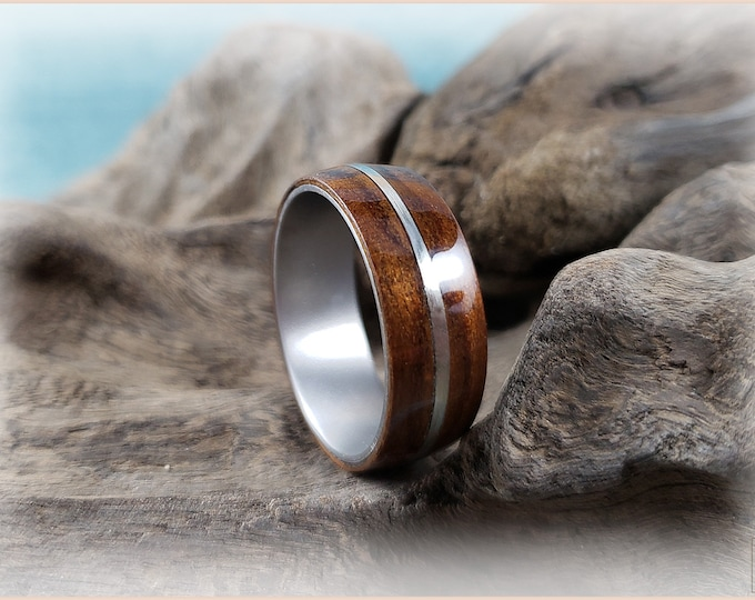 Bentwood Ring - Fumed Aspen w/.925 Sterling Silver inlay, on titanium ring core
